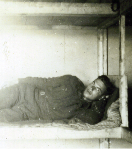 2_Iceland 1940-Fort Cameron-On Bunk